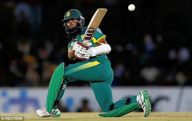 Hashim Amla was out for 43 but was an able partner with De Kock in the run chase