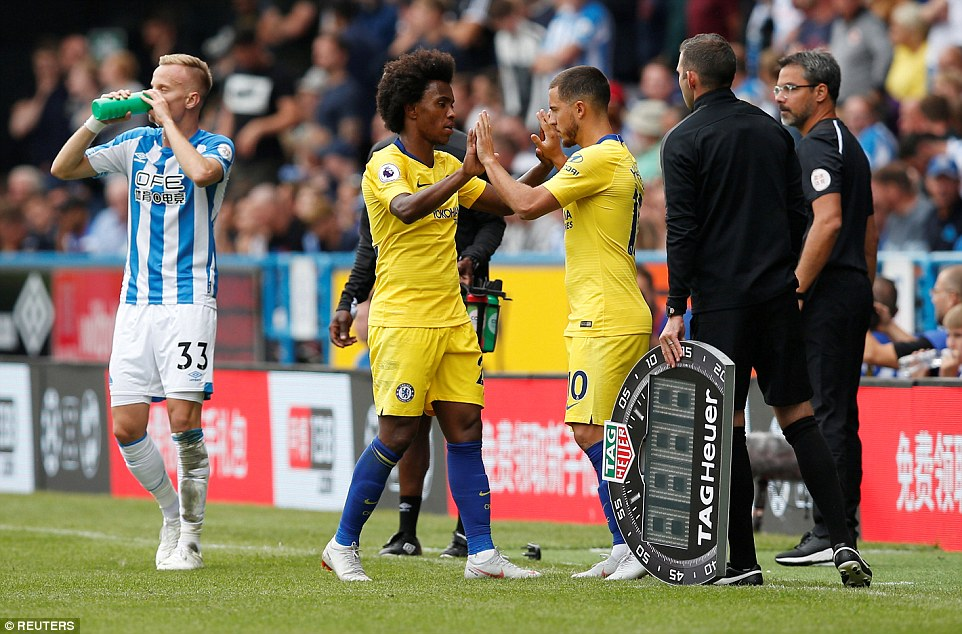 Hazard was brought on by Sarri for a cameo appearance, replacing Willian with 15 minutes remaining in the match