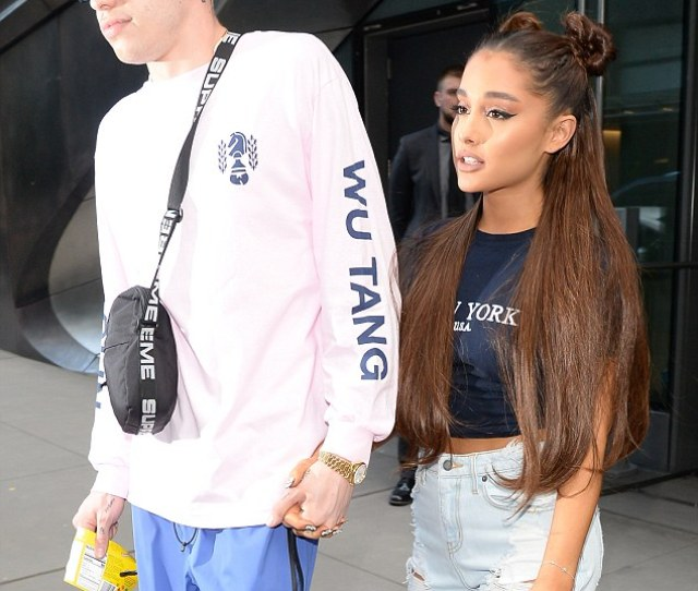 Pete Davidsons Mom Reportedly Worried About His Relationship With Ariana Grande At First