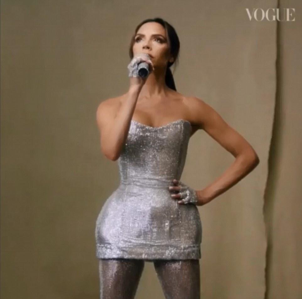 Tout ce qui brille: Victoria a également repris sa place lorsqu'elle a joué son dernier concert à Toronto, en Ontario, en 2007.