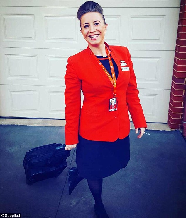 A Jetstar Cabin Crew member and mum, Carrie Lawrie, has shared with FEMAIL how she makes travelling a breeze