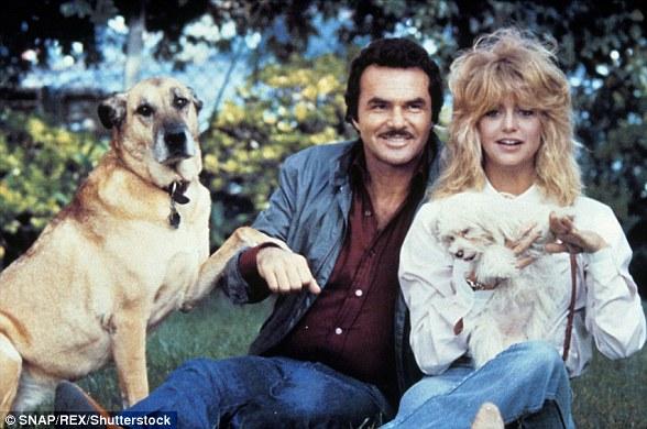 Ils ont bien travaillé ensemble: Burt et Goldie dans un film encore pour le film de 1982 Best Friends