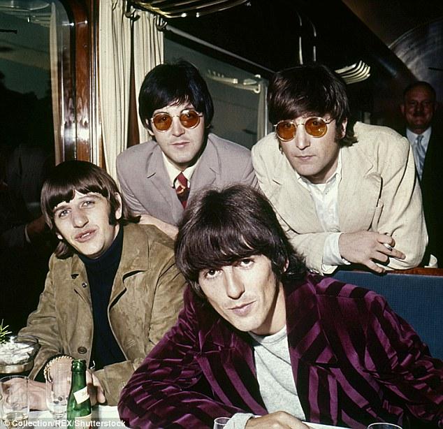 Aveuglement: En parlant de son passé meurtrier chez les Beatles, il a avoué avoir fait un trio avec deux prostituées à Las Vegas, mais a déclaré que les orgies n'étaient «pas son truc» (ci-dessus avec ses collègues en 1966)