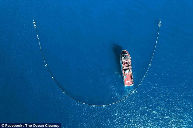 503AA1F400000578 0 image a 29 1537054899120 - Ocean clean-up project scoops up first batch of plastic in Pacific