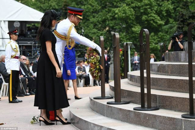 The couple laid a wreath in remembrance of fallen soldiers during the ceremony