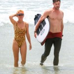 Hot couple!Chris Hemsworth and wife, Elsa Pataky at the beach in Australia