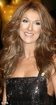 Celine Dion Has A Titanic Makeup Malfunction On Her World