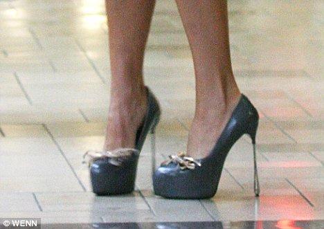 victoria beckham heels