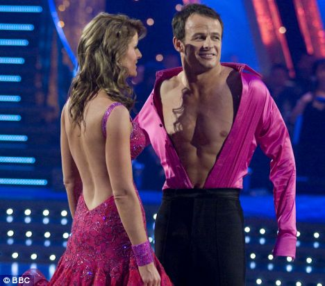 AUSTIN HEALEY DANCES WITH ERIN