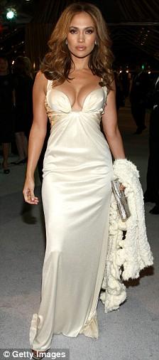 Jennifer Lopez arrives at the premiere of Paramount's