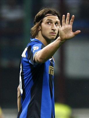 Inter Boss Jose Wouldnt Swap Zlatan Even For Uniteds