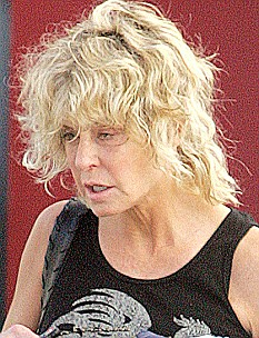 Charlies Angels Pin Up Actress Farrah Fawcett Dies With