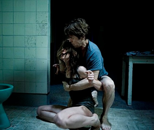 Charlotte Gainsbourg And Willem Dafoe In Lars Von Triers Antichrist Photo By Christian