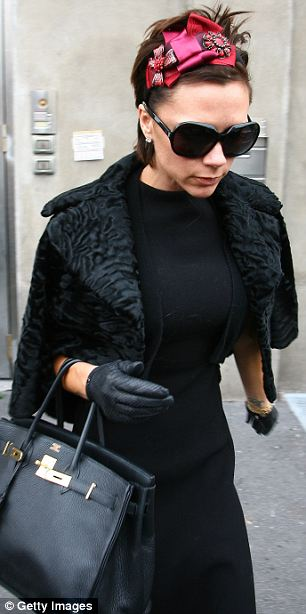 Victoria Beckham Claims The Alice Band As Her Hair Raising