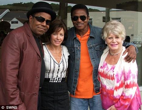 Tito Jackson and Jackie Jackson