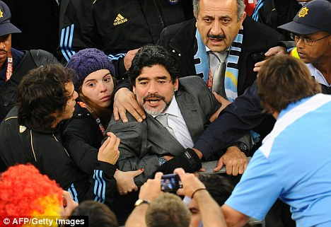 Image result for diego maradona with daughter