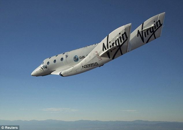 The Virgin Galactic SpaceShip2 (VSS Enterprise) glides toward Earth