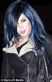 Kat Von D Goes From Blue To Purple As She Debuts New Hair