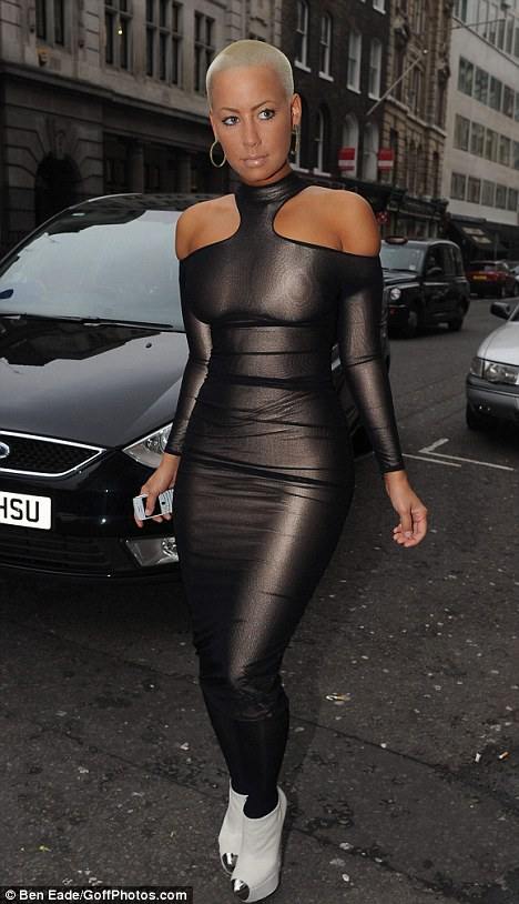 Amber Rose Arrives At London Fashion Week In An Eye Watering Lycra