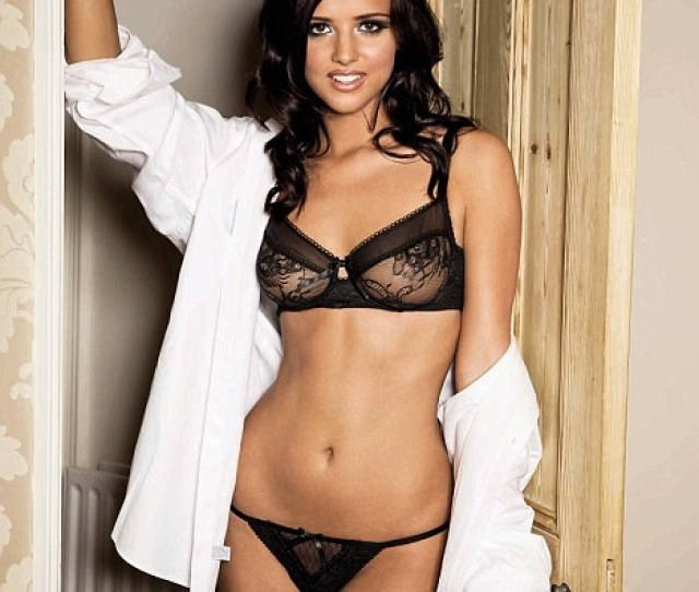 A Body For Television The Only Way Is Essex Star Lucy Mecklenburgh Shows Off Her