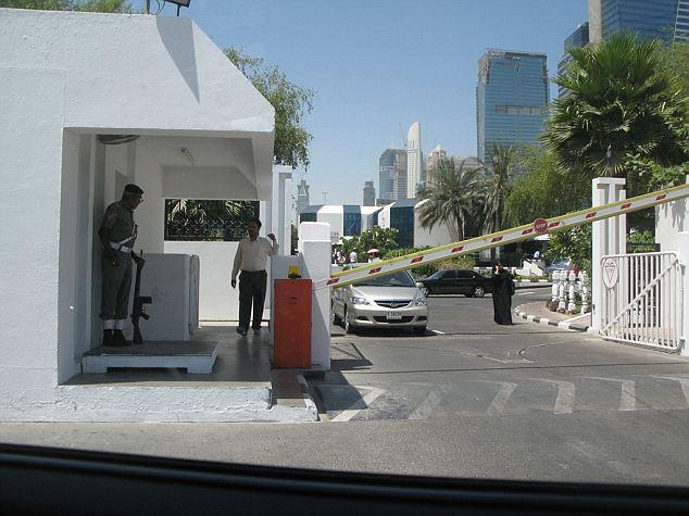 Brutal: Brown se llevó a cabo durante seis días en la estación de policía notoriamente violentos Bur Dubai