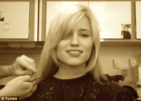 Glees Dianna Agron Gets Her Hair Cut Short And Shares