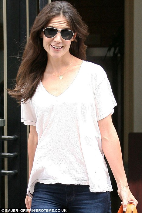Katie Holmes Reveals Her Grey Regrowth Daily Mail Online