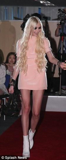 Taylor Momsens Pink Dress
