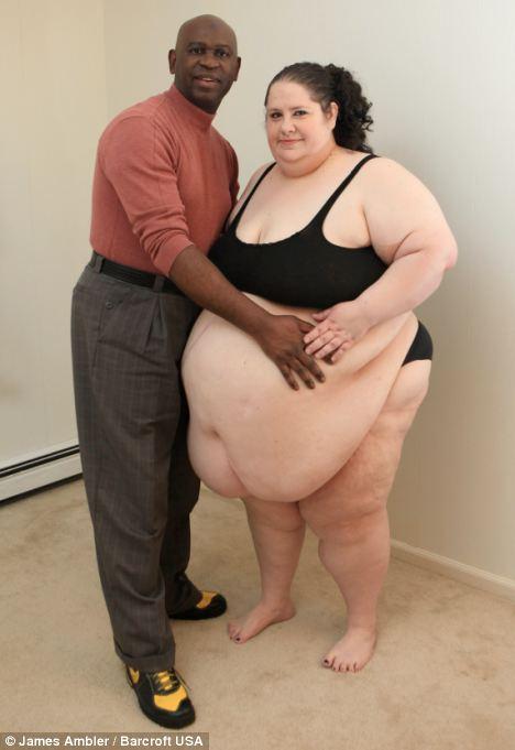 Por todas partes: Donna Simpson y su novio gordito cazador Philippe Gouamba se han separado, la obligó a ponerse a dieta