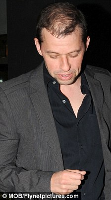 Two And A Half Mens Jon Cryer Goes From Thick To Thin