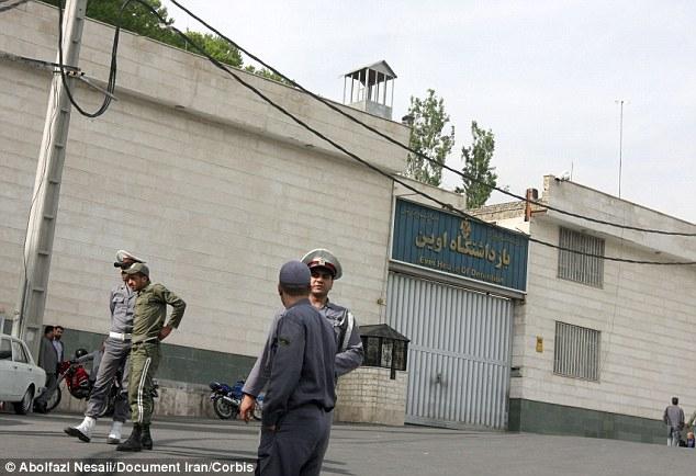 Detenidos: La pareja de iraníes fueron encarcelados en la infame prisión de Evin (en la foto), al norte de Teherán, por ser amigo de un activista de derechos humanos