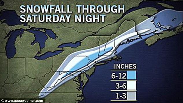 El norte helado: Mapa que muestra la acumulación de espera en las superficies de hierba, lo que indica que el centro-este de Pennsylvania para el centro-sur de Nueva Inglaterra serán los más afectados la noche del sábado