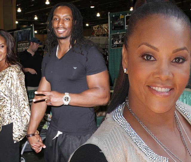 Vivica A Fox  Is Single Again After Toyboy Omar White  Calls Off Engagement Daily Mail Online