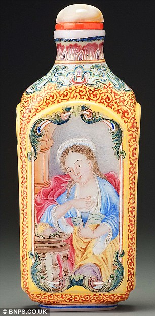 Standing just three inches high this miniature Chinese snuff box stunned the art world as it sold for £2 million