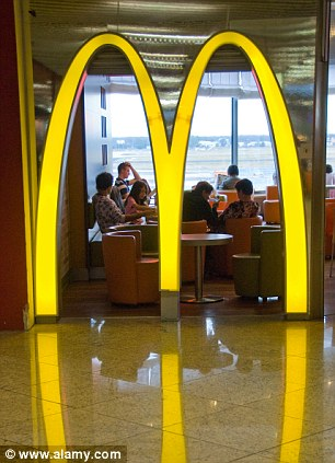 """Los """"arcos dorados"""" del restaurante de McDonald."""