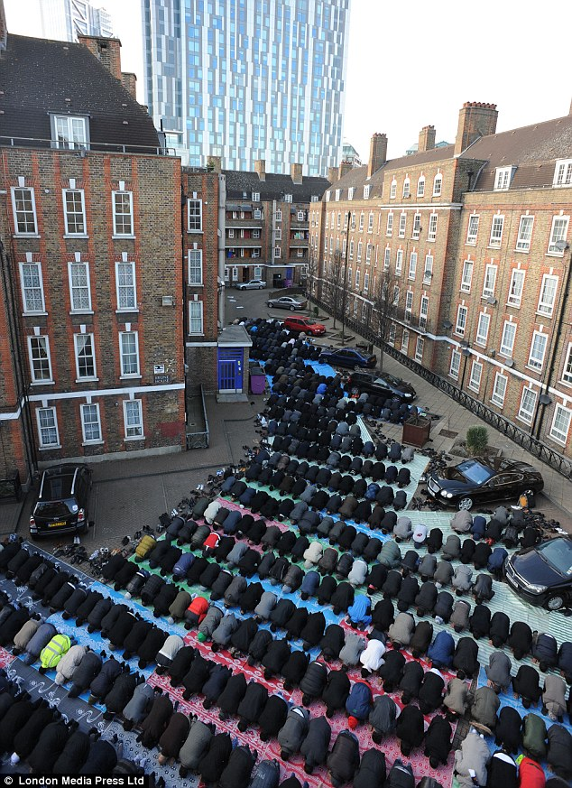 The Brune Street mosque, in Spitalfields, East London, is the nearest mosque for Friday prayers for many City workers and others from Brick Lane and Whitechapel.