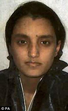 Encarcelado: Extremista Roshonara Choudhry, de 21 años, quien trató de apuñalar a muerte el diputado laborista Stephen Timms