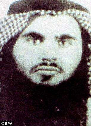 Las autoridades jordanas a conocer esta imagen de Qatada en 2008 bajo el nombre de Omar Abu Omar