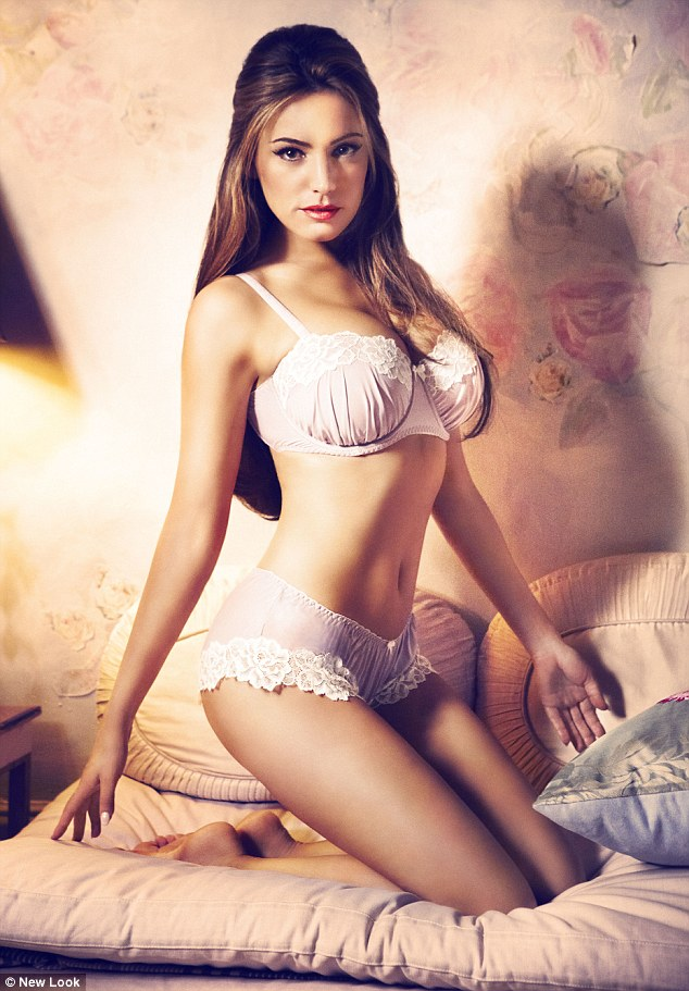 Kelly Brook Models New Look Valentines Day Lingerie