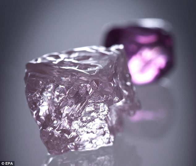 The Real Pink Panther Australia S Largest Rosy Diamond Is