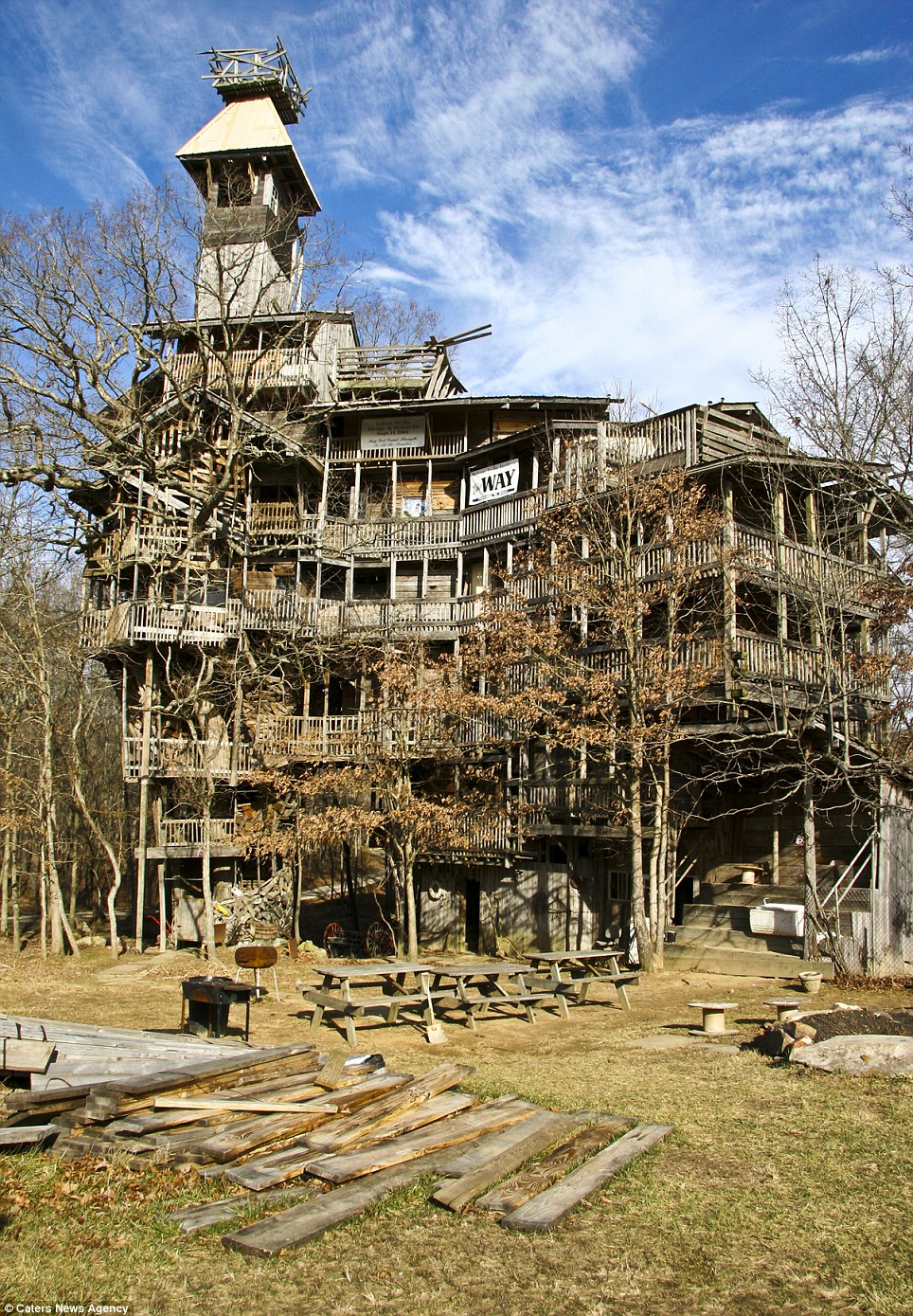 World S Tallest Tree House Inspired By Minister S Divine Vision Shut Down After Being Declared A Fire Hazard Daily Mail Online