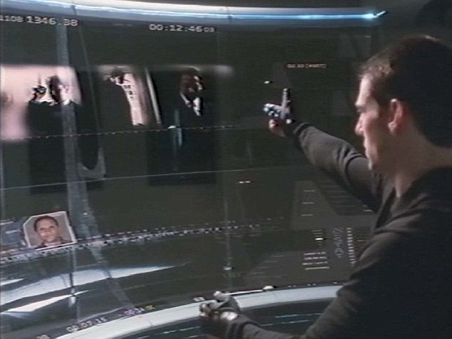 Anderton uses his special powers to predict crime to map future offenders on a giant computer screen. The premonitions backfired when he was himself accused of a future murder