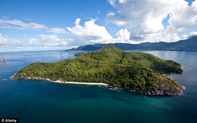 Island: Moyenne foi abandonado até Brendon comprou há 50 anos
