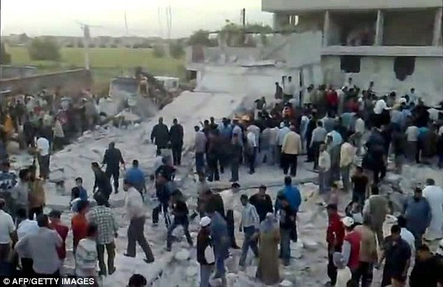 Following the attack UN envoy Kofi Annan voiced alarm about persistent violence in Syria
