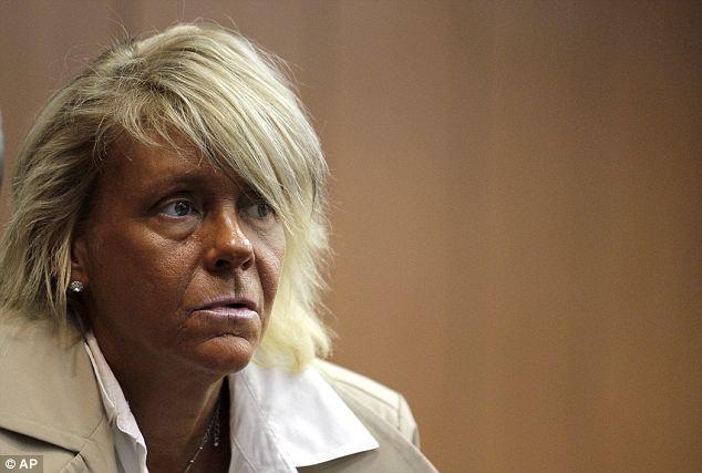 En la corte: Patricia Krentcil apareció en su comparecencia el miércoles porque fue acusado de negligencia infantil por presuntamente aceptar su hijo de 5 años de edad, hija de bronceado