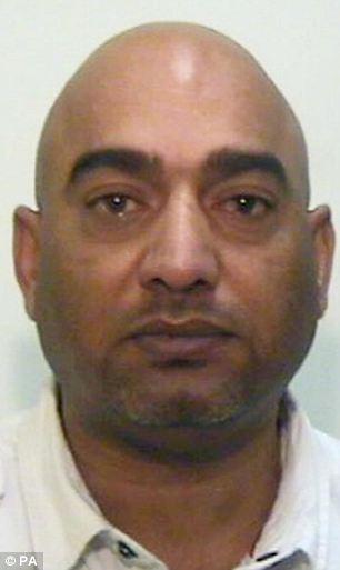 Cortesía sin fecha emitido por la Policía de Manchester Mayor de Mohammed Amin, de 45 años, que ha sido declarado culpable de conspiración y asalto sexual