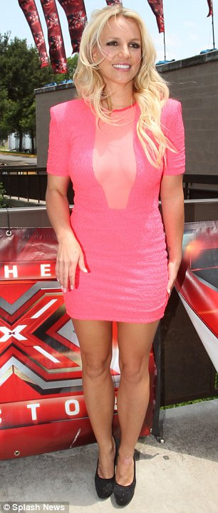 X Factor USA 2012 Britney Spears Has Immaculate Nails At