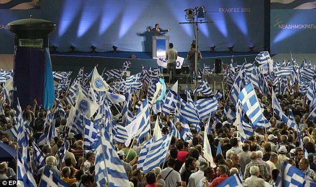 Antonis Samaras addresses supporters ahead of today's
