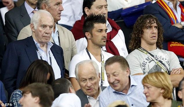 Euro 2012 Final: Spain injured pair watch win    Mail Online