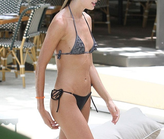 Fellow Beachgoers Were No Doubt Threatened By The Models Amazing Figure And